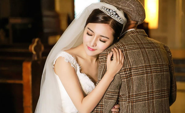Картинки по запросу Жительница Китая, 25 летняя Фу Сюйвей