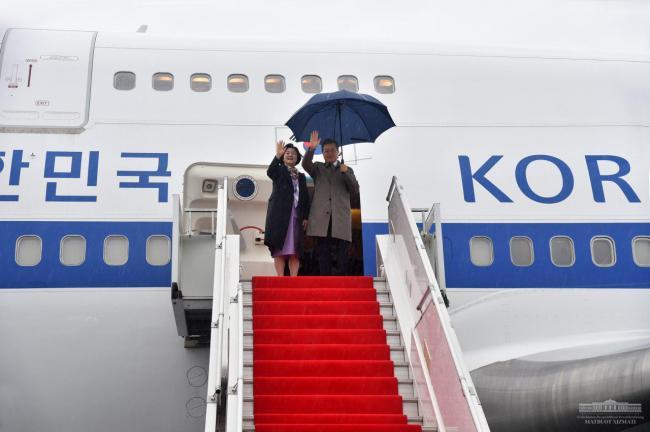 Правящая партия Казахстана выдвинула впрезиденты Токаева