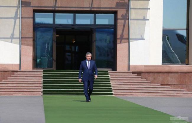Шавкат Мирзиёев отбыл в Андижан