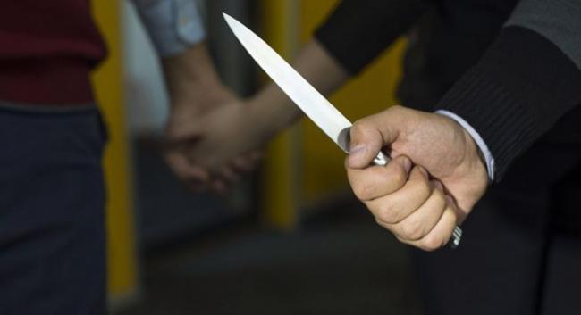 В Ташкентской области муж застал жену за изменой и нанес ей и ее любовнику ножевые ранения