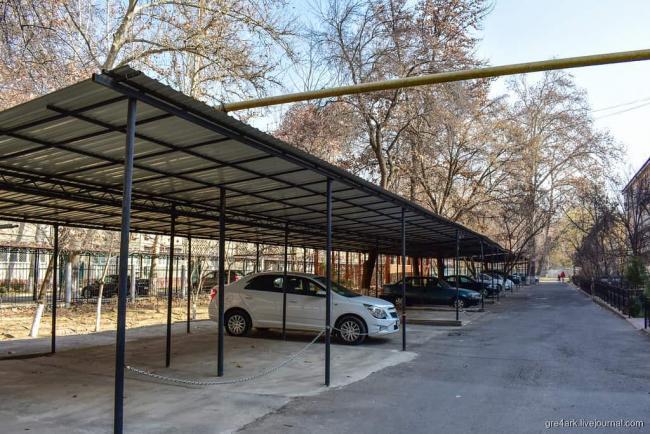 В ГУВД предлагают запретить въезд автомобилей во дворы многоэтажек