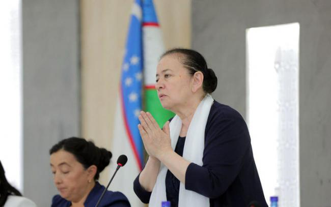 В Узбекистане ежегодно более 600 женщин совершают суицид